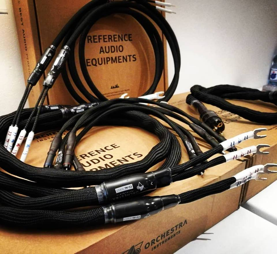 HiFi STUDIO EVEREST - HighEnd HiFi Audio / poslechové studio - ORCHESTRA MIX OF HIEND CABLES