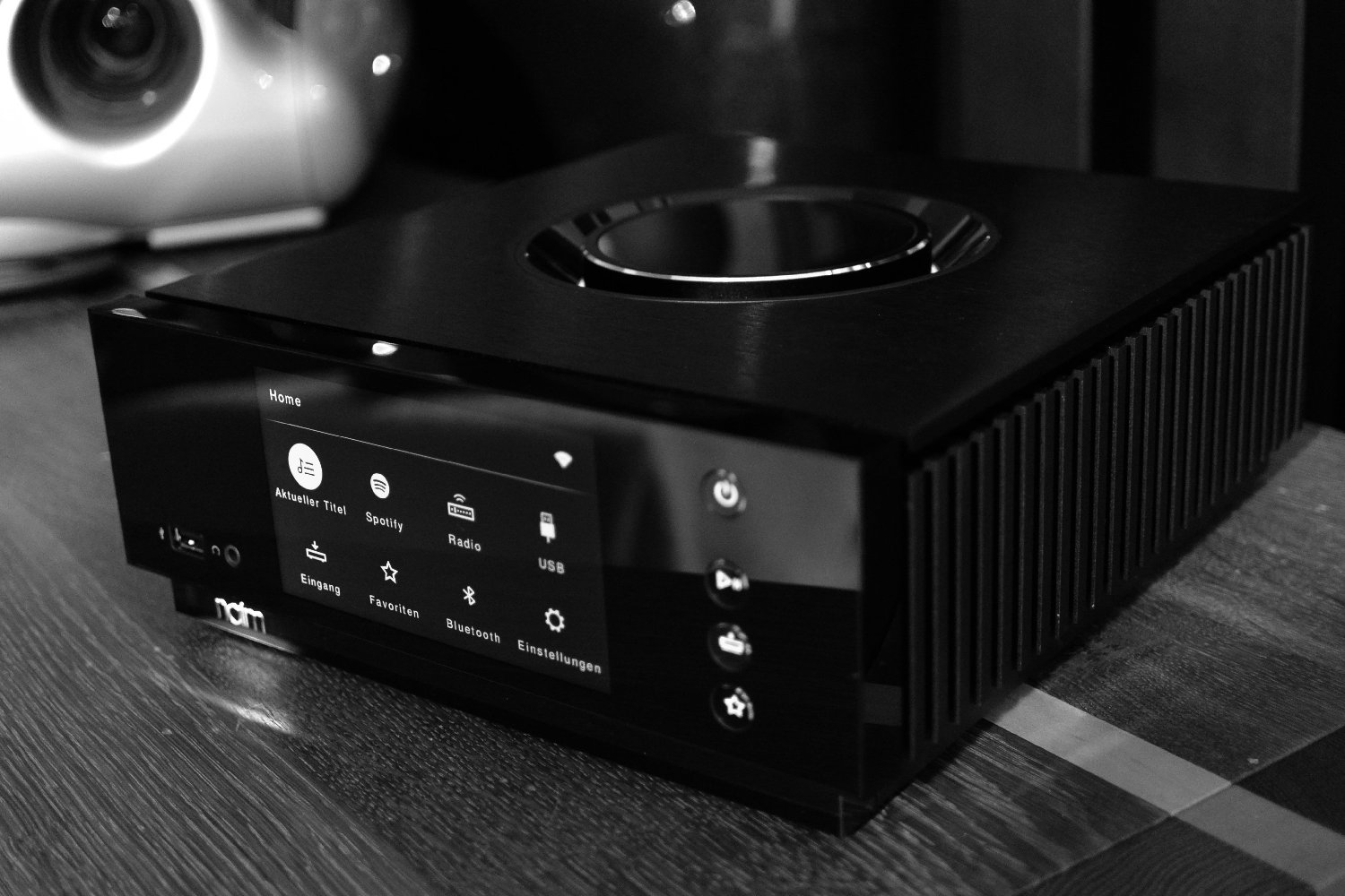 HiFi STUDIO EVEREST - HighEnd HiFi Audio / poslechové studio - NAIM AUDIO